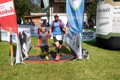 Im Ziel des Karwendelmarsch 2015 c: werbegams