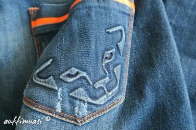 Jeans von Dynafit.