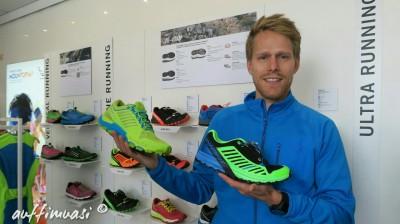 Michael Költringer von Dynafit präsentiert die neuen Trailbreaker und Alpine Pro.